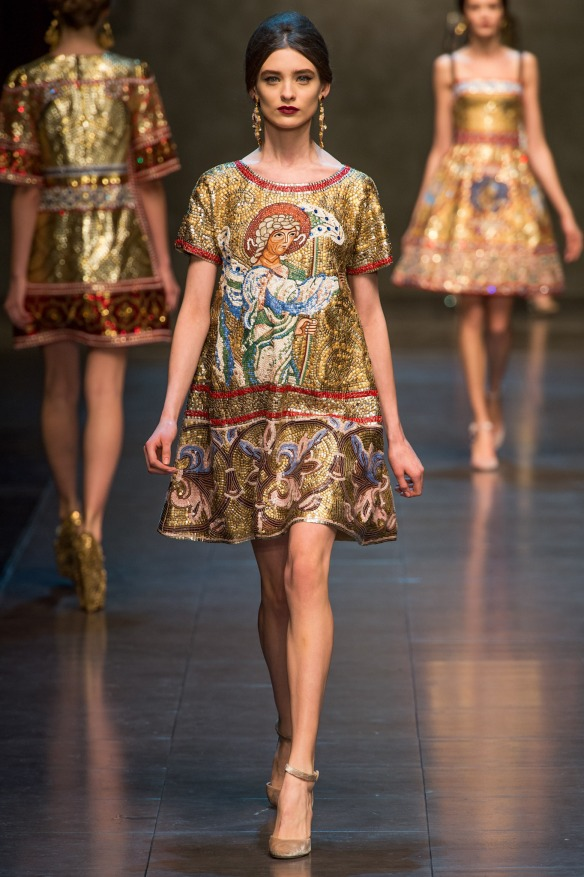 Dolce-Gabbana-Fall-Winter-2013-2014-34